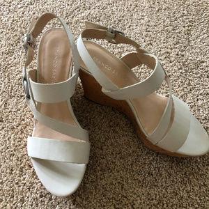 White Franco Sarto Wedge Sandals Sz 9 1/2